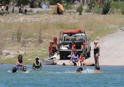 Precauciones en el dique Potrerillos