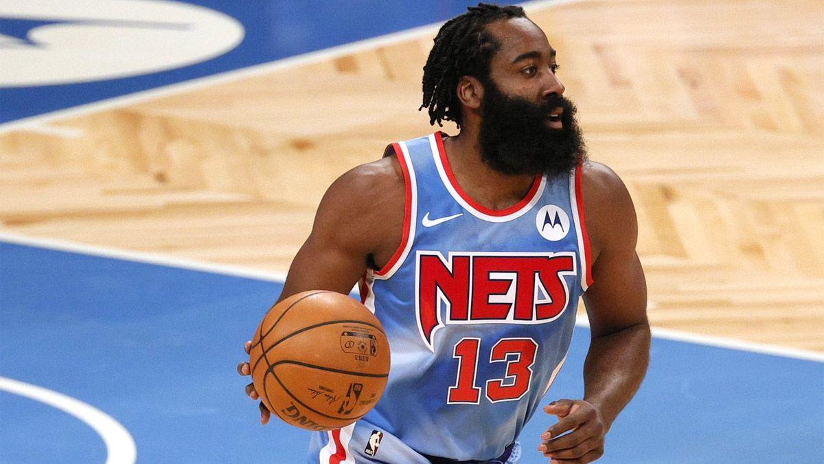 El Barba Harden debutó con un triple-doble en los Nets