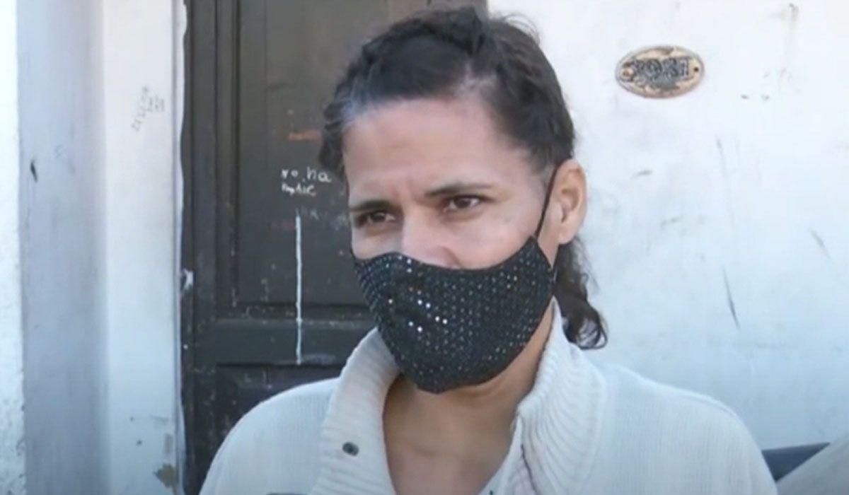 Restricciones en Argentina. Una mujer tendrá que pagr una multa de $700.000 por una fiesta clandestina que organizó en su casa su hijo de 21 años