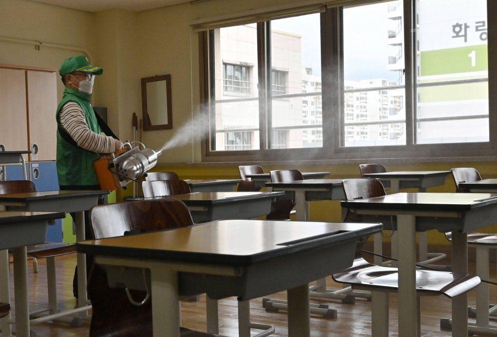 Nueva York cerró las escuelas por el rebrote de coronavirus
