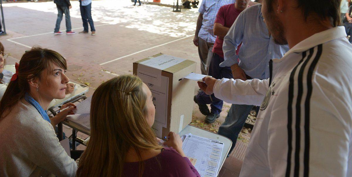 El descontento y la indignación por la discriminación de la Nación a Mendoza se da en todos los electorados de los partidos que compitieron en las últimas elecciones y es transversal a ellos. Si bien se podría ver en los próximos comicios