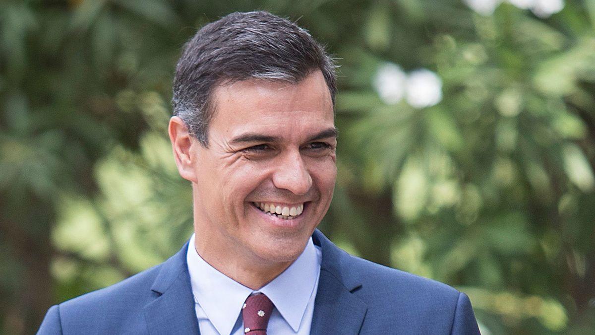Pedro Sánchez, presidente de España, cree que no hay nada más maravilloso que comerse un chuletón vacuno.