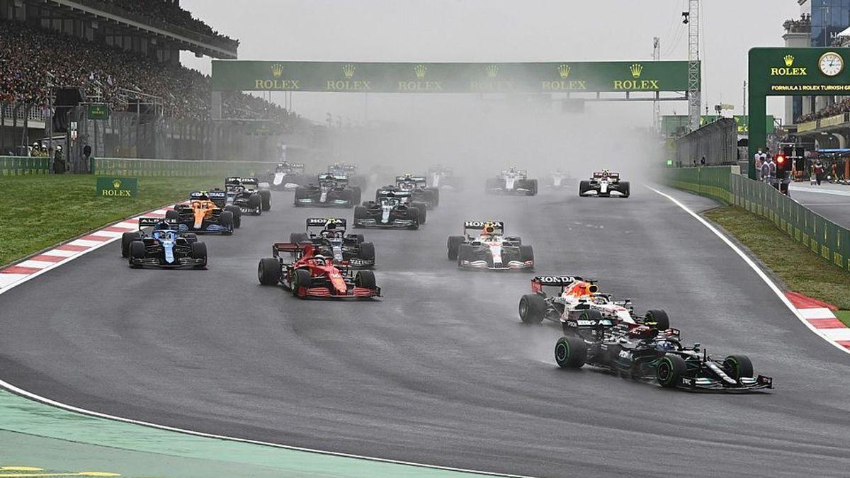 Bernie Ecclestone fue durísimo con el calendario 2022 de la Fórmula 1