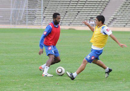 Godoy Cruz realizó la práctica y Asad puso a Jairo Castillo de enganche
