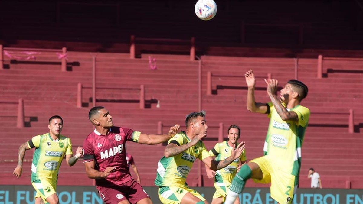 Lanús se tomó revancha de la Copa y le ganó a Defensa