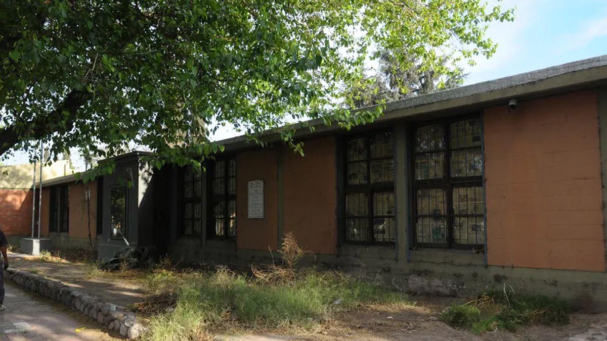 El asilo San Vicente de Paul ubicado frenta al Área Fundacional.