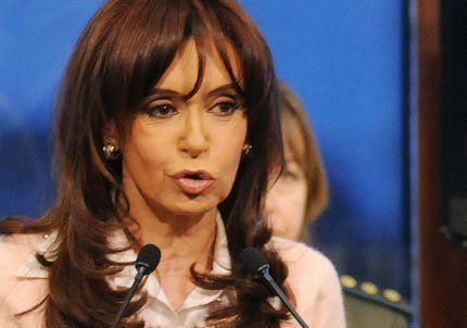 Cristina denunció una maniobra política, mediática y judicial