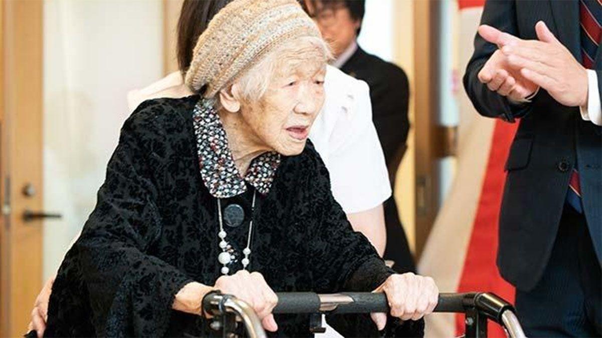 La mujer más anciana del mundo renunció a llevar la antorcha olímpica