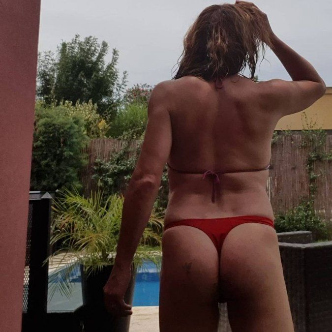 Lizy Tagliani posó con diminuta colaless de espaldas: En tu cara Sol Pérez