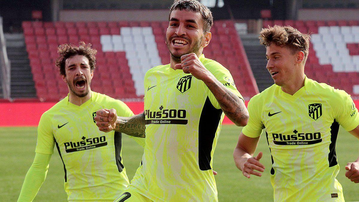 Atlético de Madrid, imparable líder, ganó con un gol de Correa