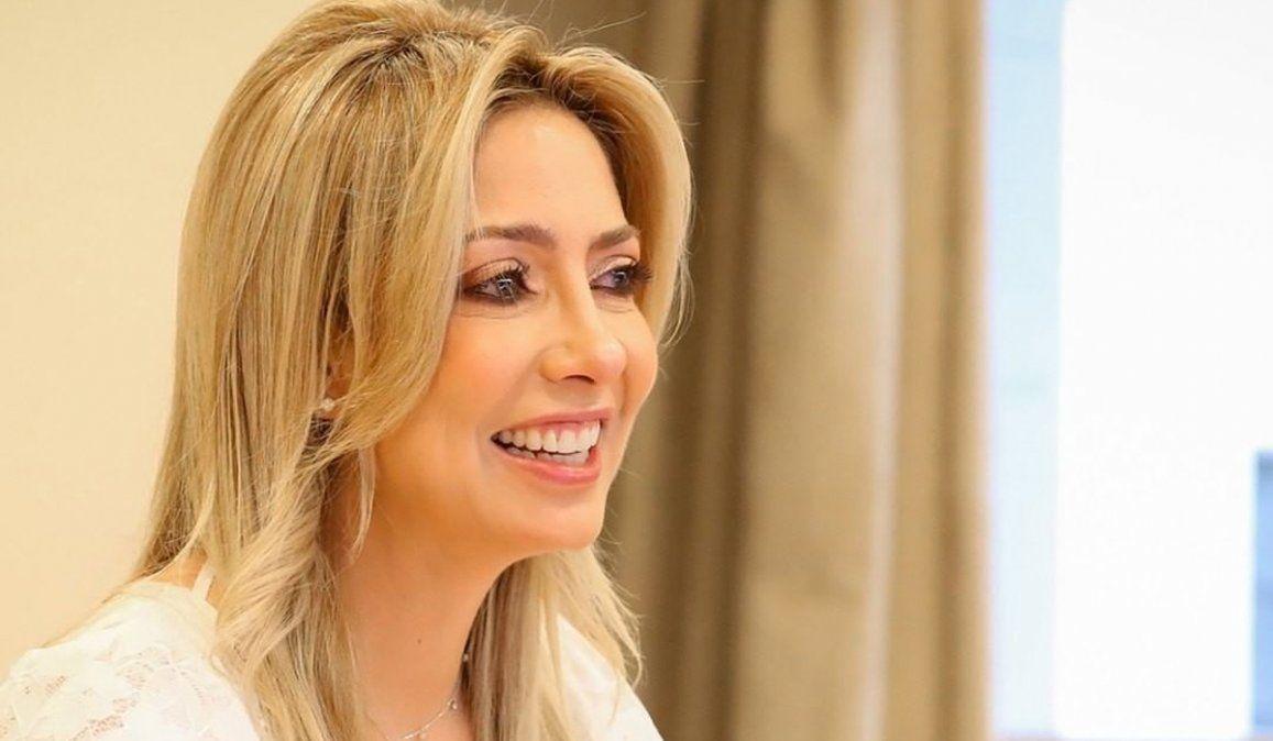 Fabiola Yáñez: Fiambrola Chiruza Florero