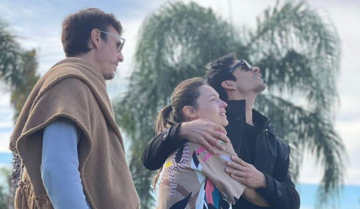 La foto de Pampita y Benjamín abrazados que compartió la China Suárez