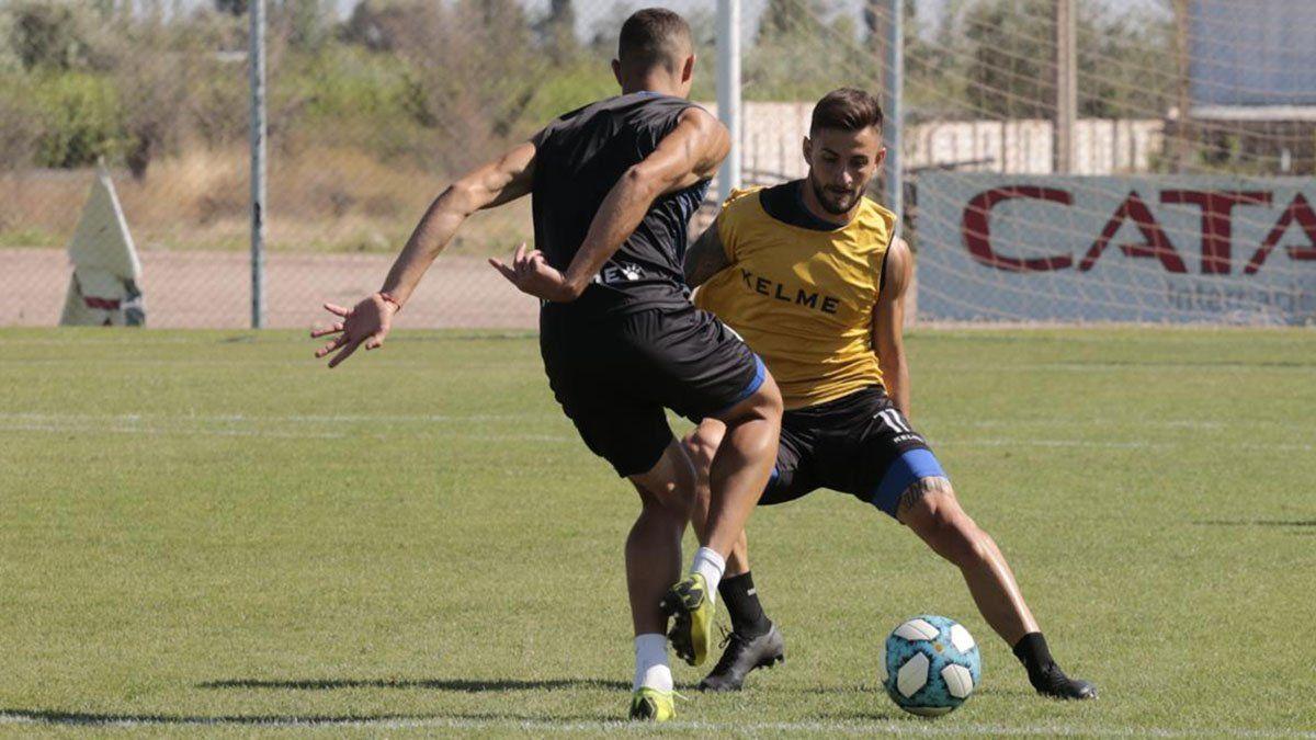 El volante Jalil Elías seguirá jugando en San Lorenzo.
