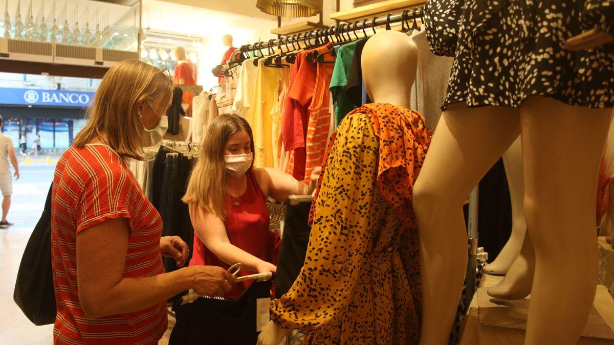 Mendoza espera reactivar el turismo de compras con Chile
