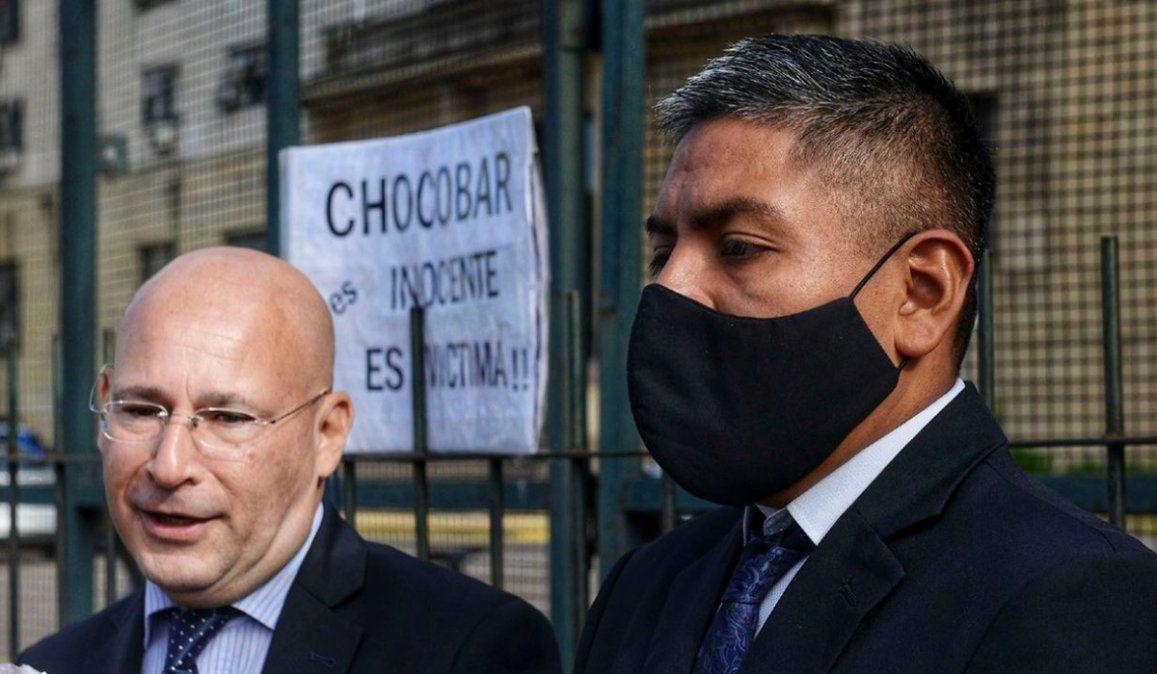El abogado defensor del policía bonaerense Luis Chocobar solicitará la absolución al afirmar que cumplió con su deber. El veredicto se conocerá el viernes