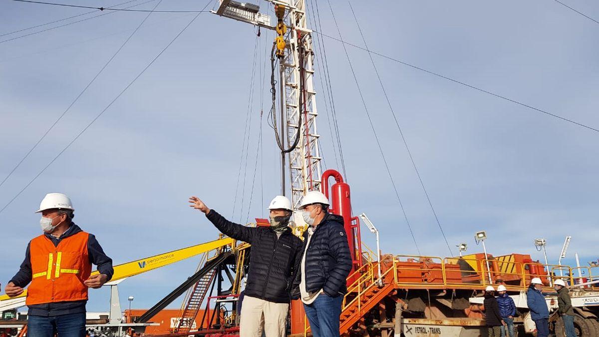Vaquié viajó a Malargüe y San Rafael para visitar las nuevas obras que comienzan en la provincia gracias al programa Mendoza Activa Hidrocarburos.