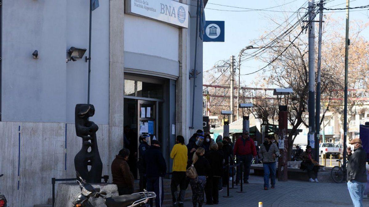 El Banco Nación informó que se reintegró el pago a los jubilados a los cuales les vaciaron las cuentas.