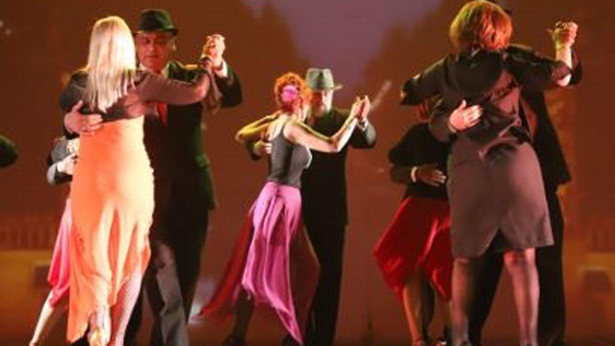 Hasta el jueves inscriben a adultos mayores para bailar en la Vendimia 2021