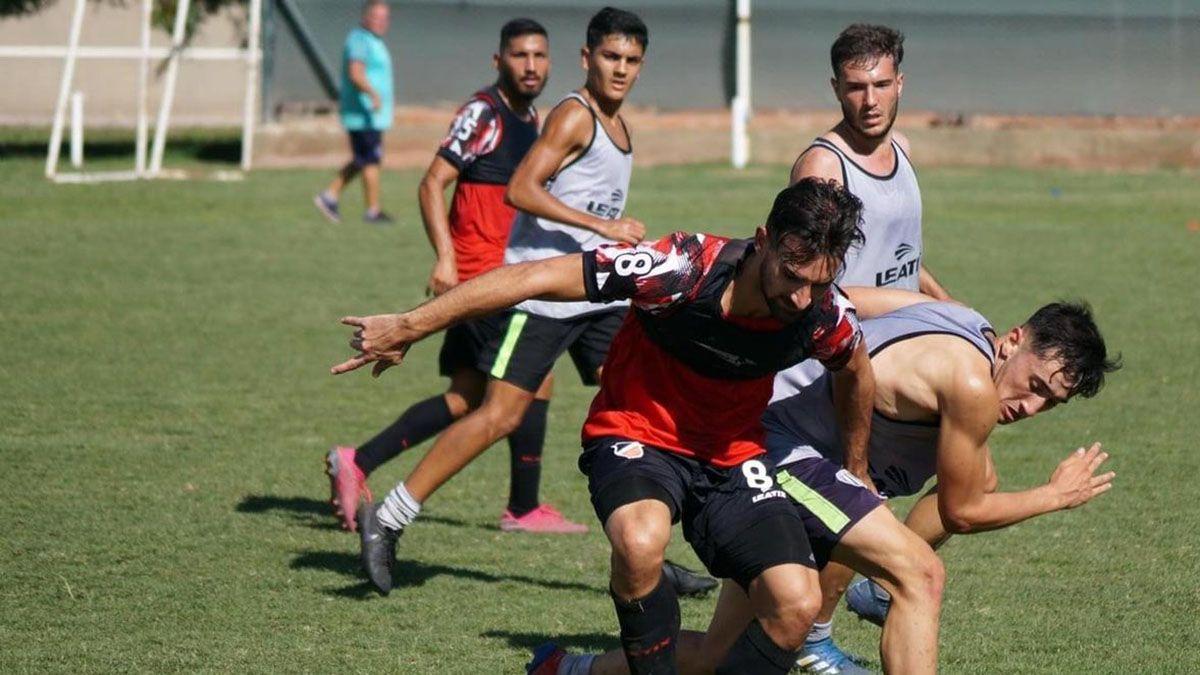 El delantero le puede dar mucha variantes en ataque al entrenador Luciano Theiler.