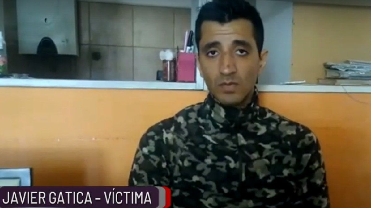 Javier hizo un video pidiendo a la ciudadanía que ayude testificando o aportando datos sobre el autor del incidente que casi le cuesta la vida