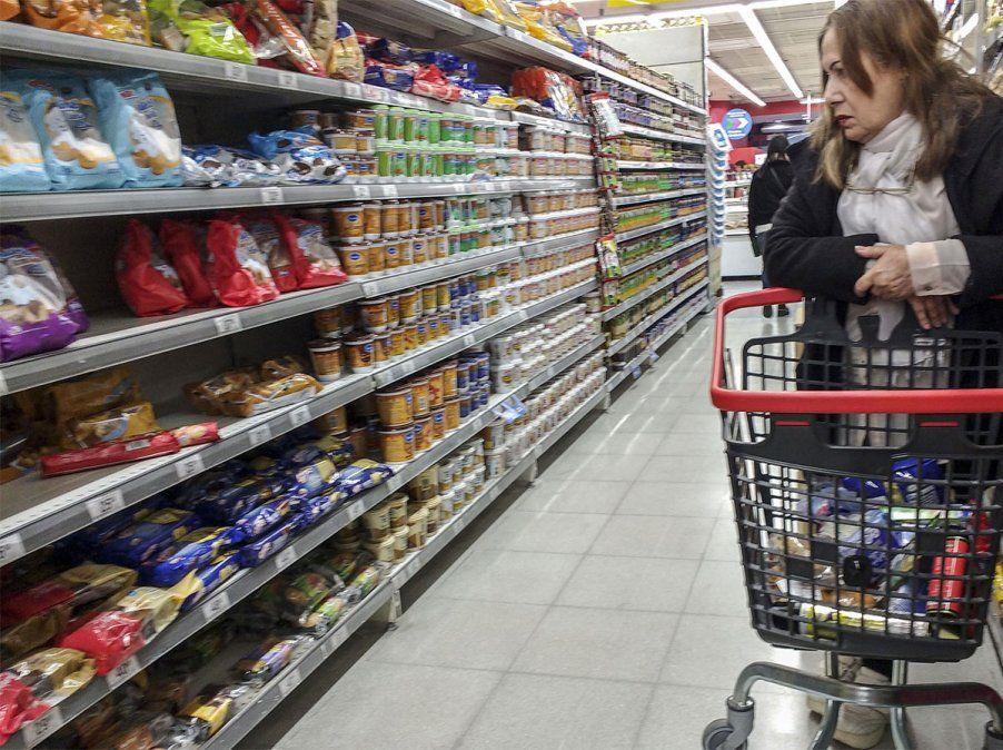 La Secretaría de Comercio Interior determinó la superficie mínima que deben tener los comercios alcanzados por la Ley de Góndolas.
