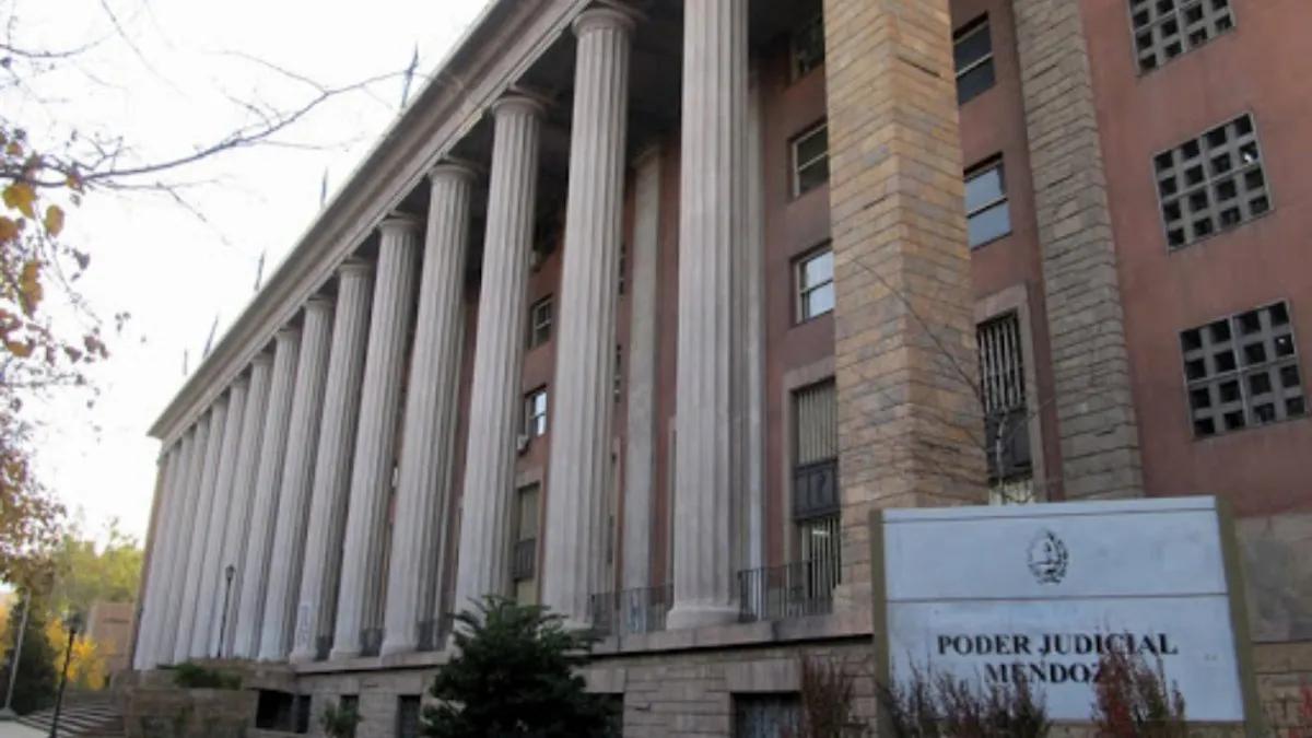 La grieta de la Suprema Corte de Mendoza tensó la semana política entre radicales y peronistas.