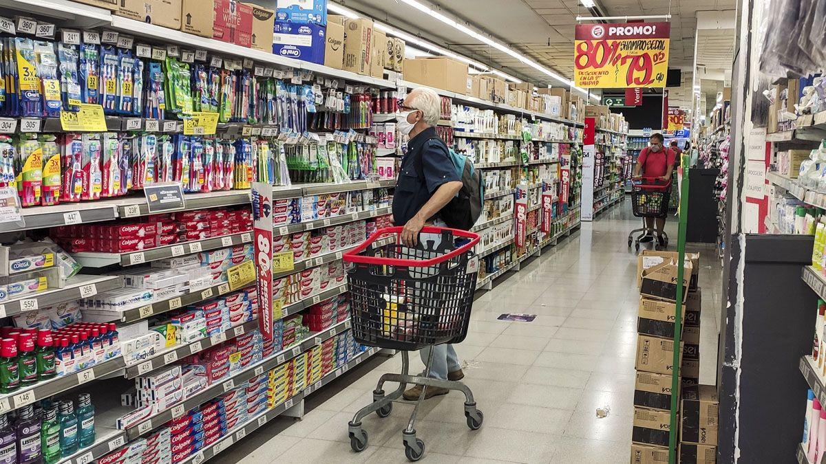El rubro Alimentos y Bebidas lideró los aumentos de la inflación en Mendoza.