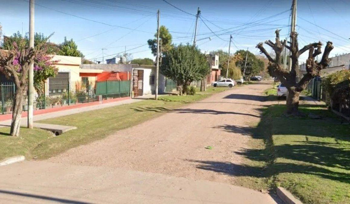 El hombre fue herido mortalmente en la cabeza y sus dos hijos resultaron heridos en Claypole