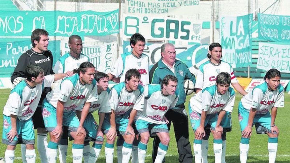 Uno de los últimos equipos que jugó en el Feliciano Gambarte en el 2005.