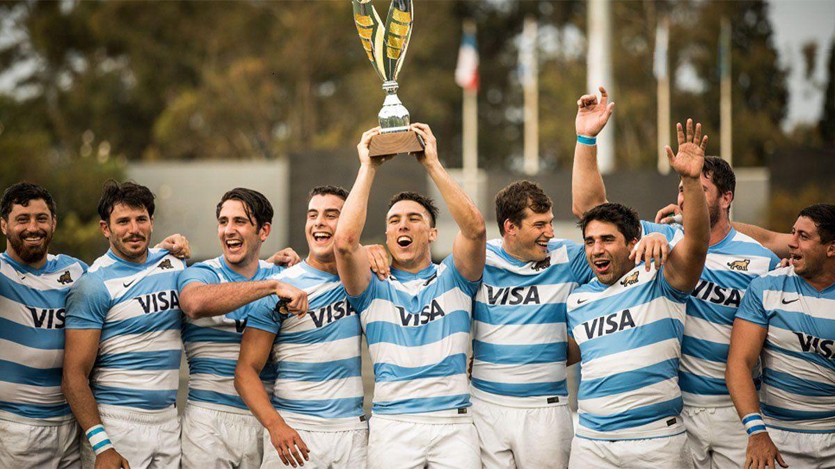 Argentina XV aplastó a Uruguay y se coronó campeón