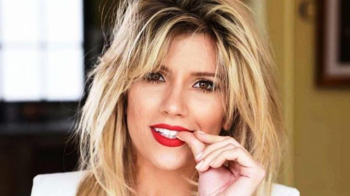 Ángel de Brito volvió a sembrar la duda: ¿Laurita Fernández está embarazada?