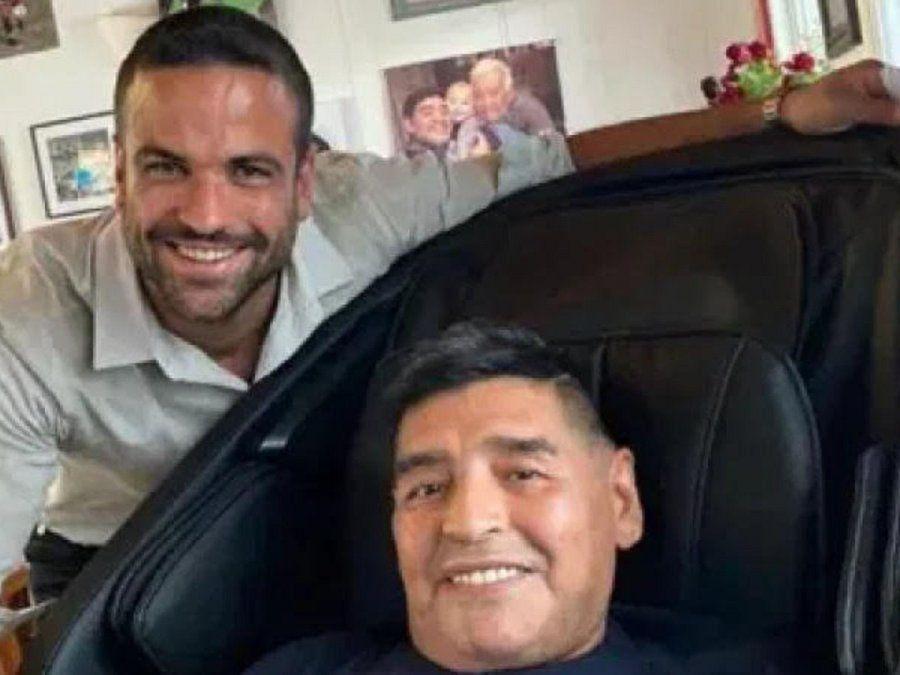 Chats entre la psiquiatra y el psicólogo de Maradona: Todos saben que va a escabiar. Si tomó merca y escabió toda la vida, vos tranca