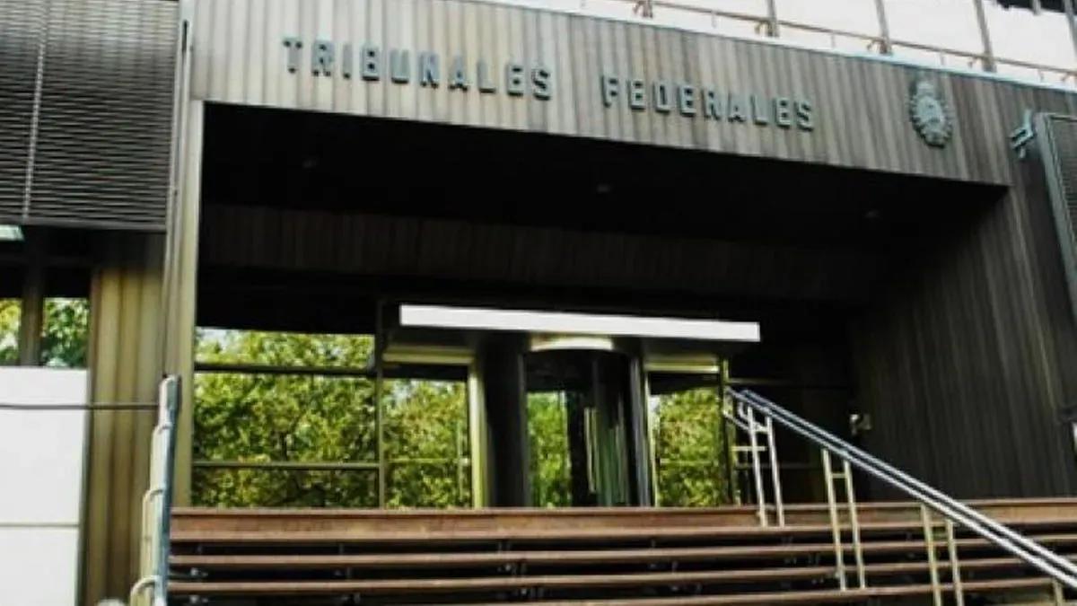 La sede de la Justicia Federal de Mendoza, donde se investigan las presuntas coimas en Mendoza.