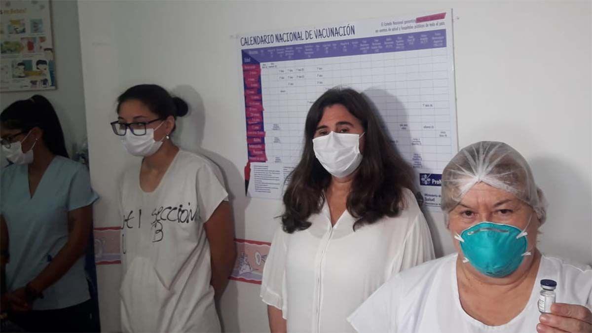 Comenzó la vacunación en Mendoza: Nadal se colocó la Sputnik V