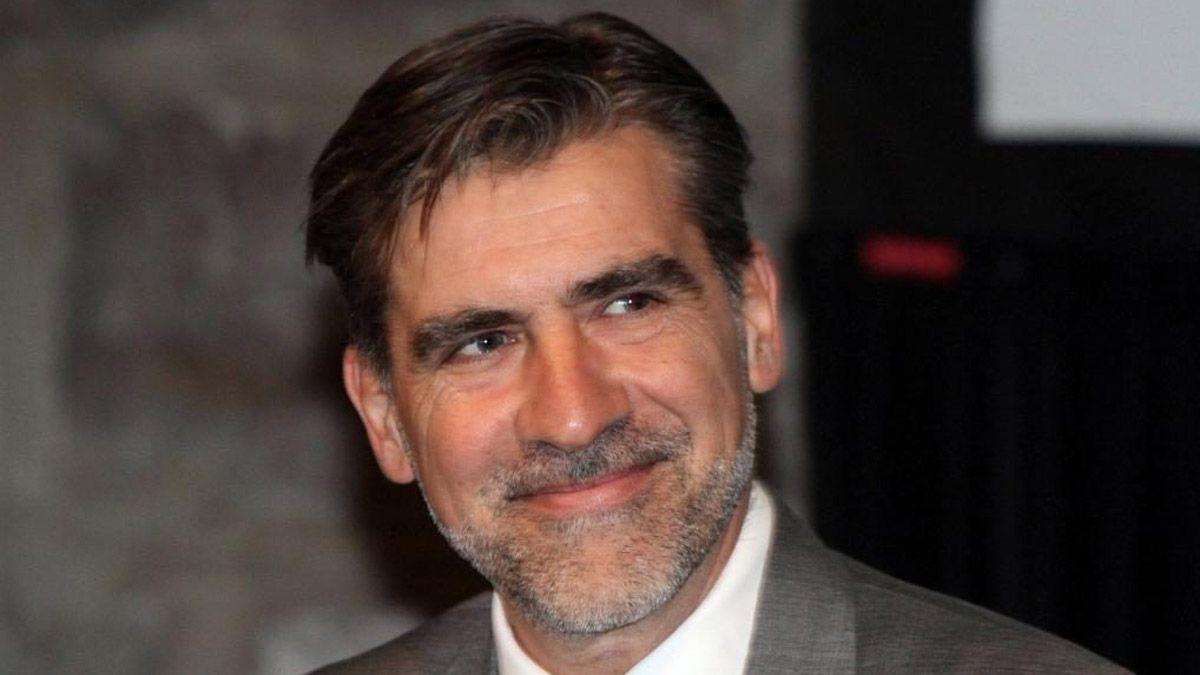 Mario Vadillo continuó con la polémica con el director del Hospital Central