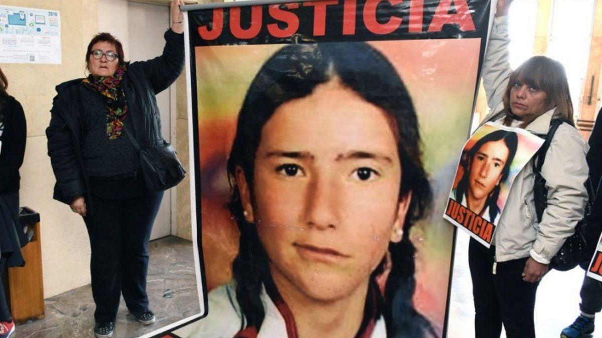 La madre y familiares de Paula Toledo hace 17 años que piden Justicia.