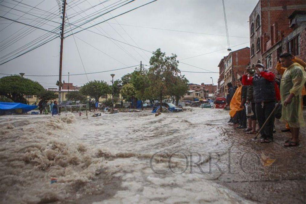 Tras una de las tormentas más intensas de 1997 en Bolivia