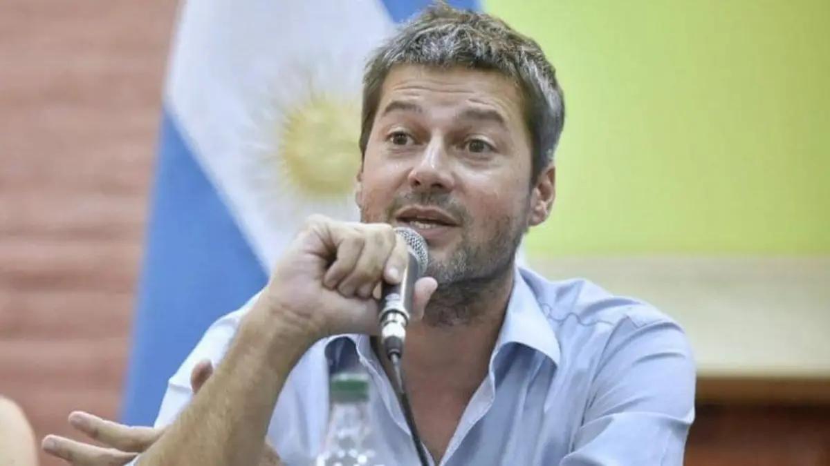 Matías Lammens y un guiño para que el fútbol vuelva a la TV Pública.