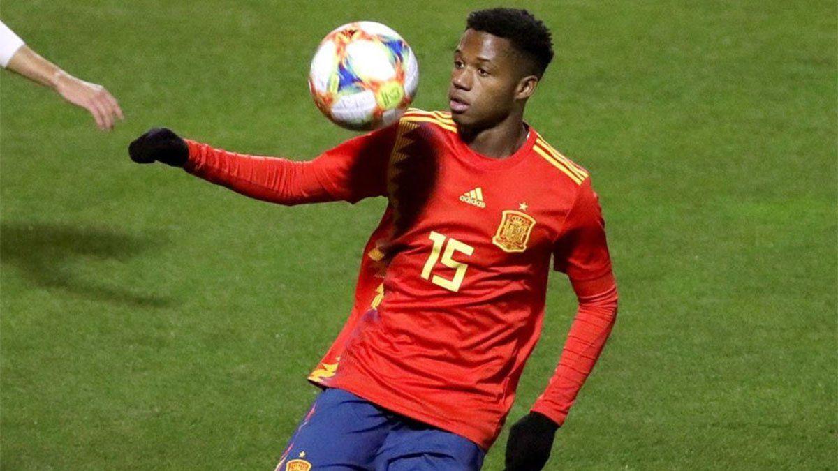 Récord de Ansu Fati en la goleada de España contra Ucrania