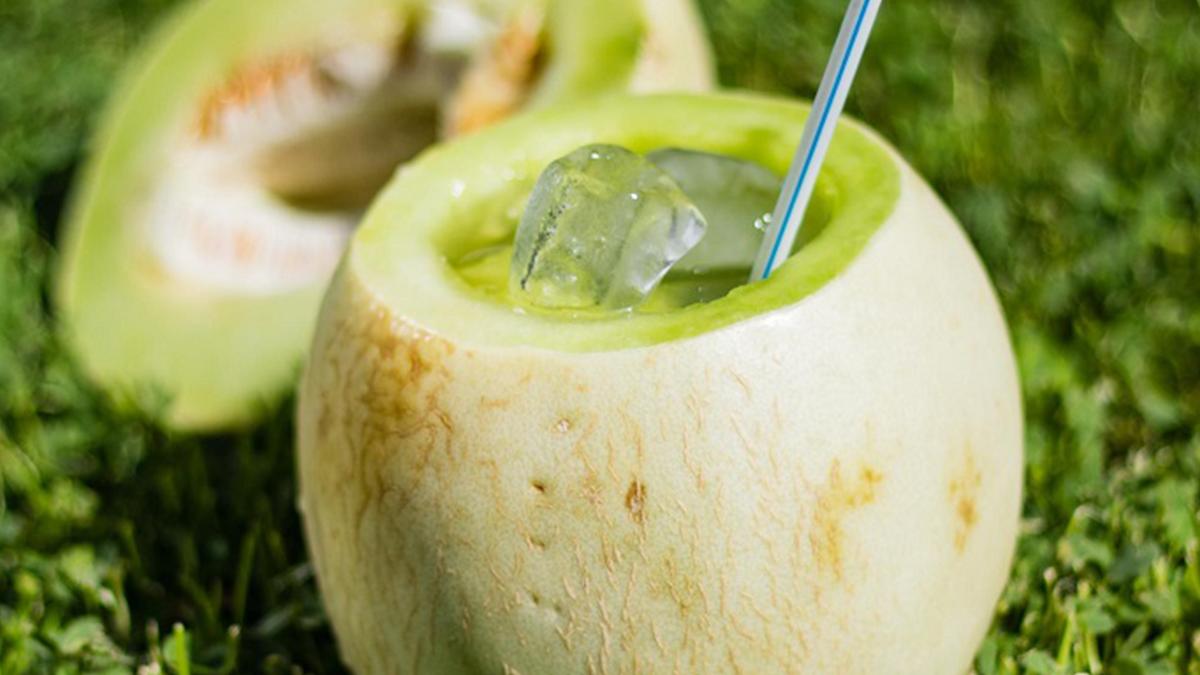 Receta de cómo hacer un melón con vino.