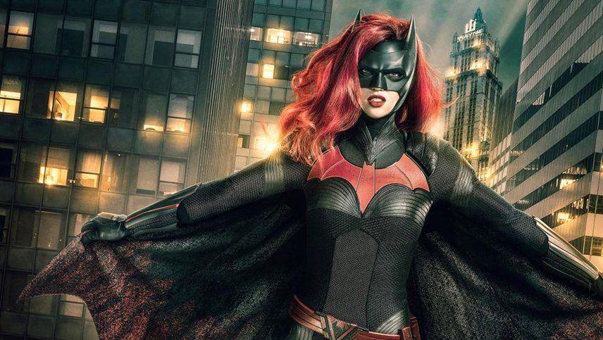 Renunció la protagonista de Batwoman