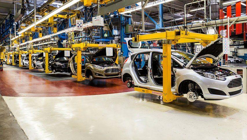 Las automotrices vuelven a la producción este lunes con estrictas medidas de seguridad