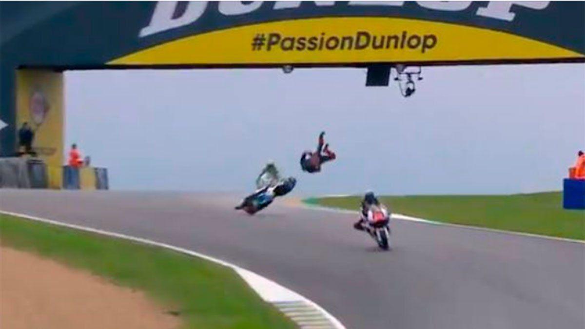 Luca Marini sufrió un fuerte accidente a máxima velocidad
