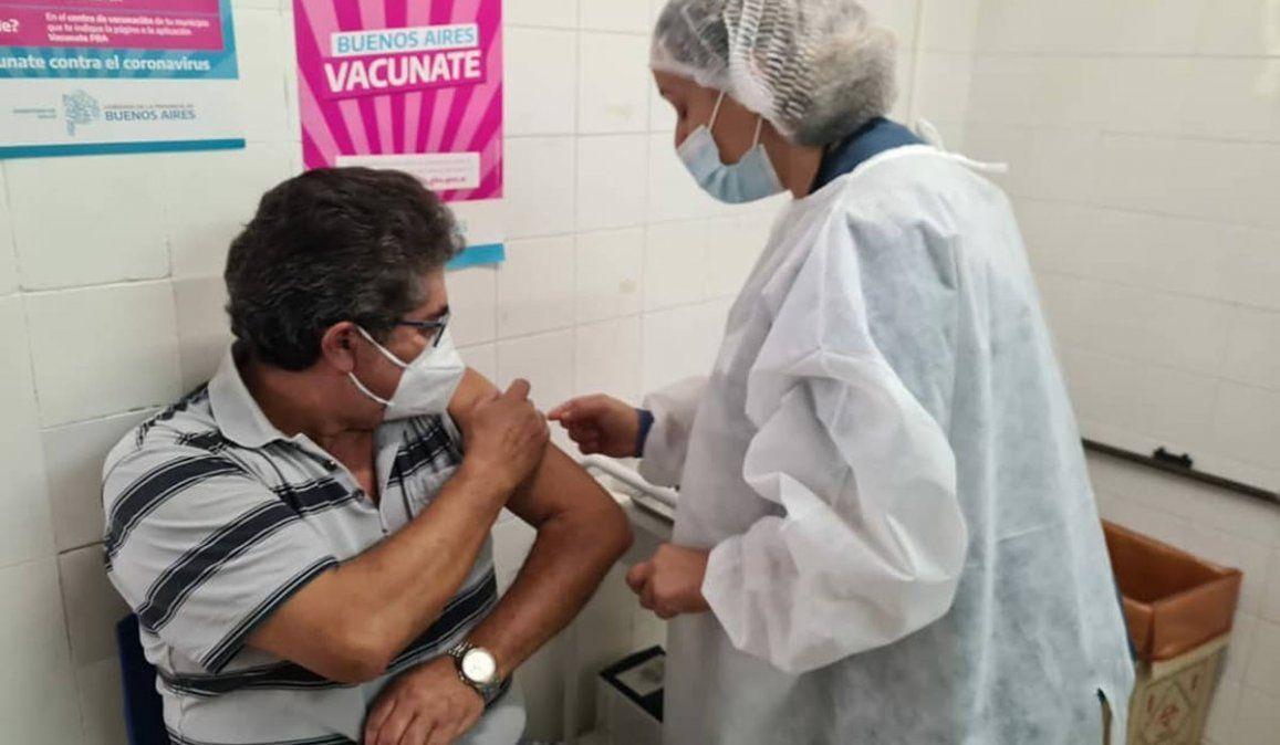 Trabajadores vacunados pueden volver a trabajar presencial
